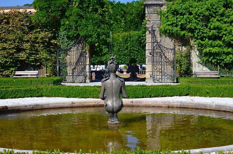 Fountain, Mirabell Gardens, Salzburg, Austria