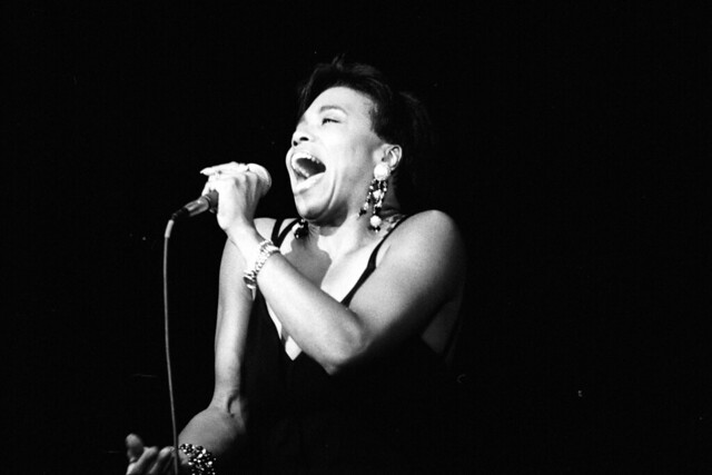 Dee Dee Bridgewater in concert, 1990 in Deauville, Normandie, France. Photo by Roland Godefroy