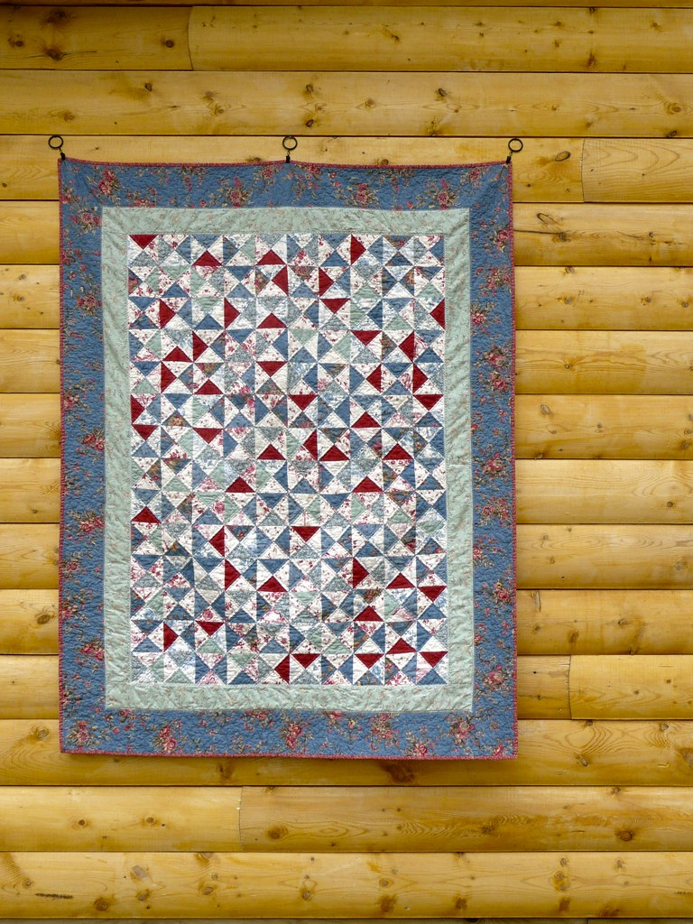 French General Hourglass Quilt