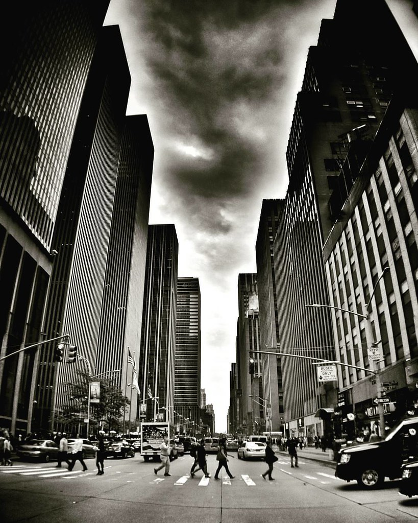 Crossing Street  #Newyork #Nyc #newyorkcity #newyorkcitylife #manhattan #Travel #travelgram #trip #sky #cloudporn #skyline #blackandwhite #bw ##Photo #Photography #people #black #Day #iloveny #ilovenyc #newyorkphoto #instacool #instanewyork #mynyc #bigapp