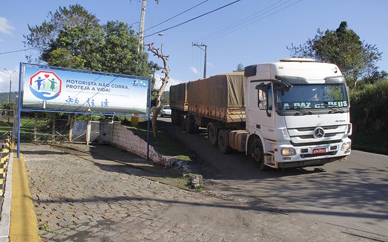 Porto de Antonina inicia ação de conscientização a caminhoneiros 3