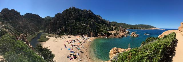 Spiaggia di Li Cossi, Costa Paradiso