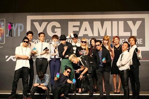 YGFam-Press-Con-Singapore-HQphotos-byKurier-20140912(8)