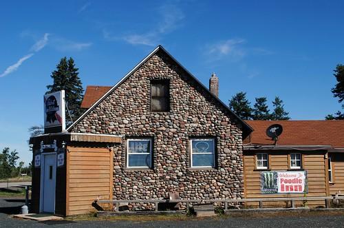 building stone architecture wisconsin wi midwest northernwisconsin bar restaurant poodleinn pabst gordon gordonwi gordonwisconsin rural unitedstates usa unitedstatesofamerica