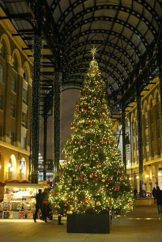 Christmas at Hays Galleria, Southwark