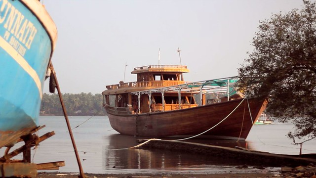Uru craftsmen & Traditional Indian Boat Building - 3