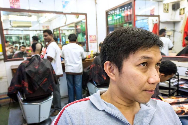 Stylo Indian barber Kuala Lumpur - waiting