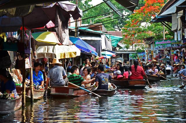 Calles de los canales de Damnoen Saduak