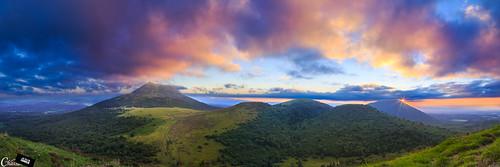 sunset france canon de landscape volcano soleil coucher paysage puy coucherdesoleil volcan puydedôme dôme 6d chaînedespuys chassamax jesuischarlie