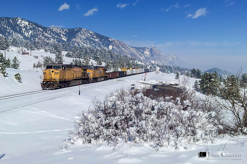 railroad mountains train colorado railway trains unionpacific rockymountains railfan railroads moffat manifest railfanning moffatroute gees44ac geac4400cw coloradorailroads coloradotrains