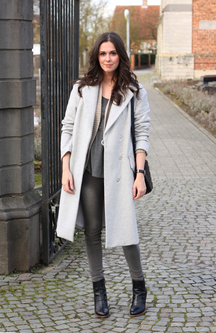 outfit: long grey coat, grey skinny jeans