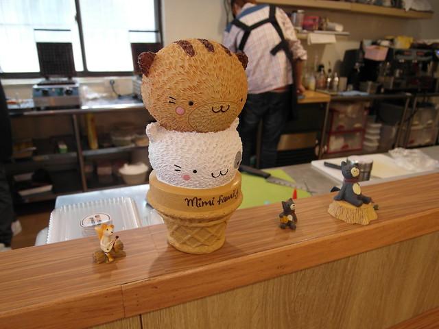 店內有許多可愛的小陳設@內湖港墘 Waffle Please比利時列日鬆餅