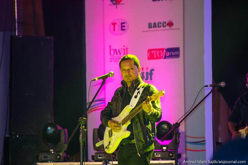 Pritom performing at the closing ceremony of Digital World 2015