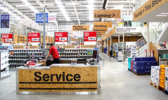 Wickes has deployed a wireless headset system across its stores