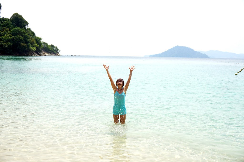 rebecca saw - gaya island resort-001