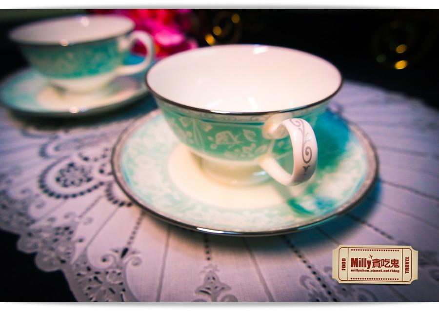 日本NARUMI鳴海骨瓷午茶杯盤組0005