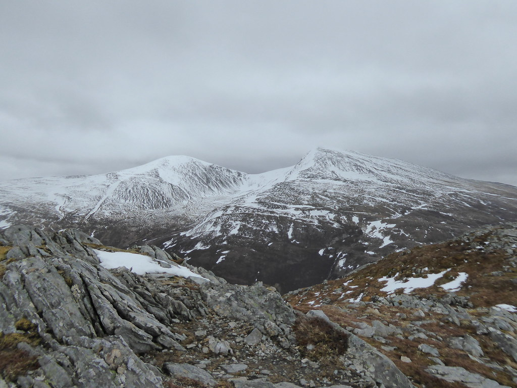 The Easains from Sgurr Innse