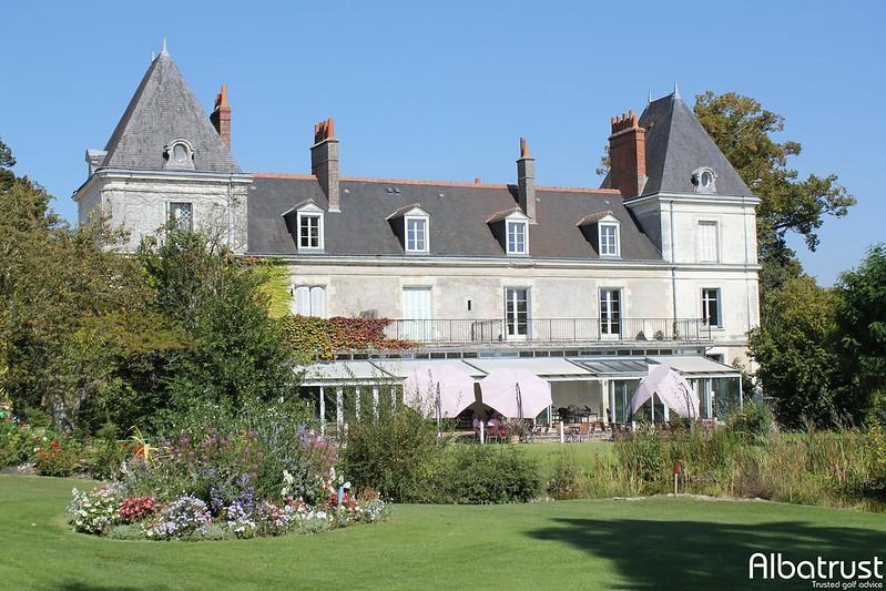 photo du golf Golf De Touraine - Parking