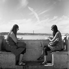 #filmphotography #streetphotography #rolleiflex #blackandwhite #film #analog #lisbon #lisboa