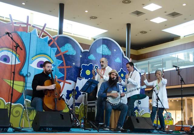 La fantástica banda plays the beatles