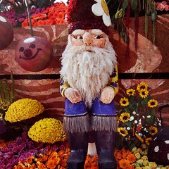 Gnome and cherry friend on the trader joes rose parade float.