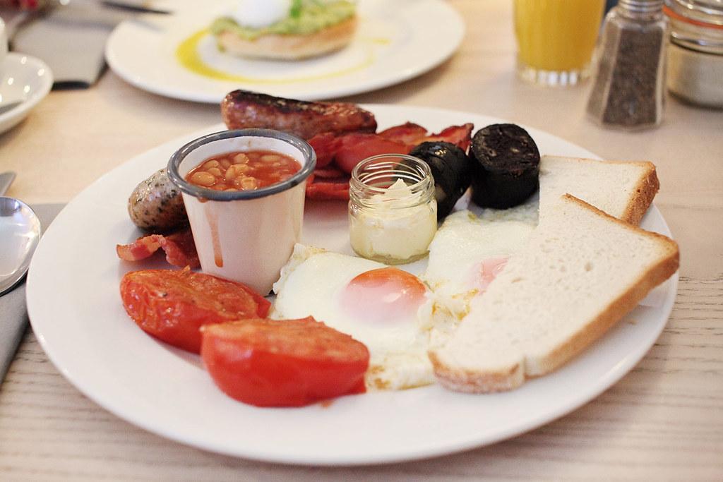 qbic-hotel-london-breakfast-menu-full-english-breakfast