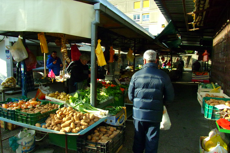 Local green market