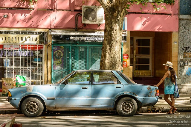 lady and the car buenos aires by martin arnold