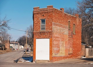 FIVE POINT'S Ghost Signs
