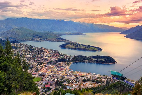 travel sunset newzealand vacation mountains landscape day cityscape cloudy citylights queenstown oceania