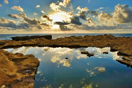sunset reflection pool nikon europe mediterranean eu sigma malta leslie d200 maltese rockpool malte gozo dwejra ghawdex nikond200 maltais leslievella64 iddwejra