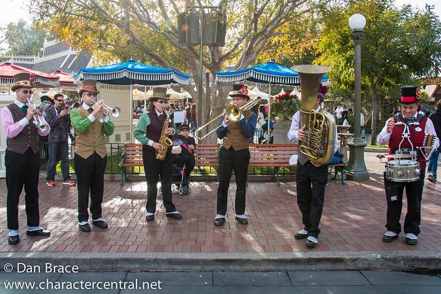Dickens Yuletide Band