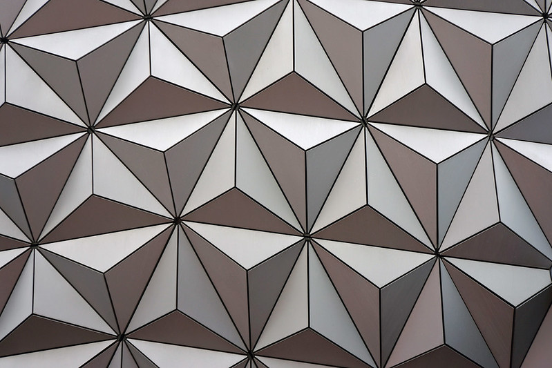 The Sphere, Spaceship Earth