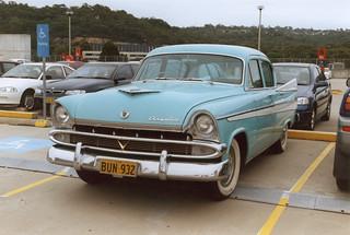Chrysler Royal AP2 V8