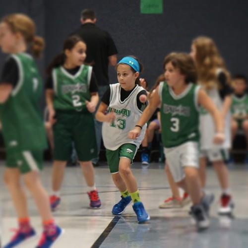 defense-basketball-jordan