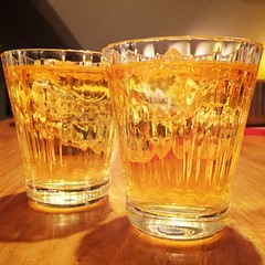 old fashioned glass, yellow, whisky, pint glass, drinkware, distilled beverage, tableware, glass, drink, alcoholic beverage,