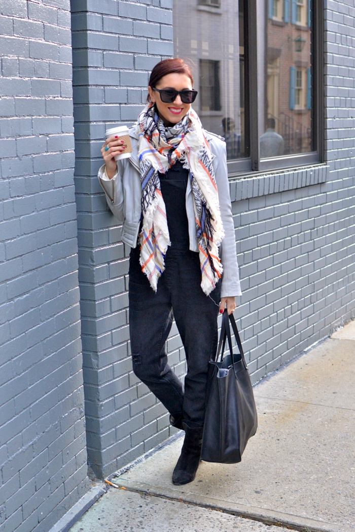 Christine-Cameron-My-Style-Pill-Black-Overalls-rag-and-bone-boots-madewell-bag-new-york-city-west-village2