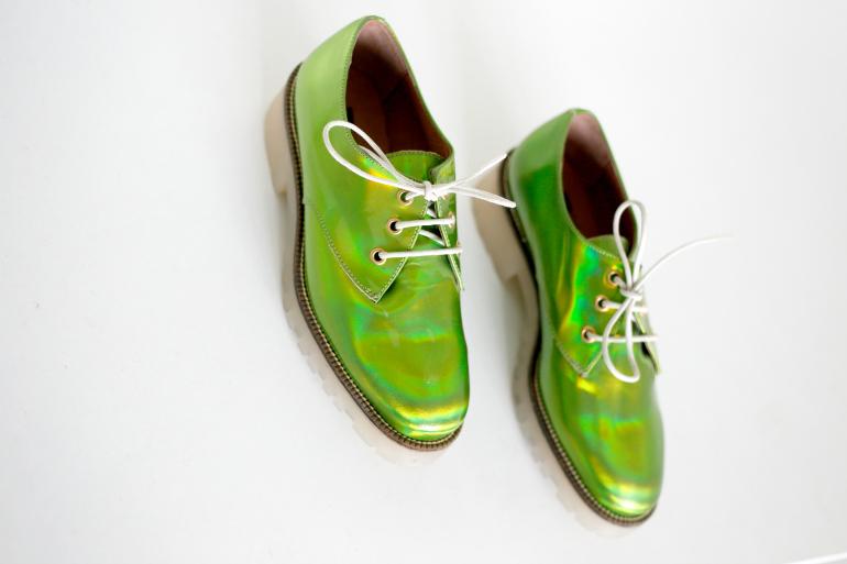 groene holografische veterschoenen 2