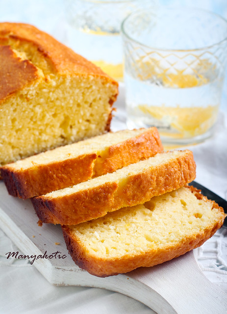 Coconut cake loaf