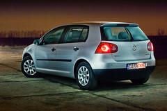 volkswagen golf mk6(0.0), automobile(1.0), automotive exterior(1.0), family car(1.0), wheel(1.0), volkswagen(1.0), vehicle(1.0), automotive design(1.0), volkswagen polo mk5(1.0), volkswagen gti(1.0), volkswagen golf mk5(1.0), city car(1.0), compact car(1.0), bumper(1.0), land vehicle(1.0), hatchback(1.0), volkswagen golf(1.0),