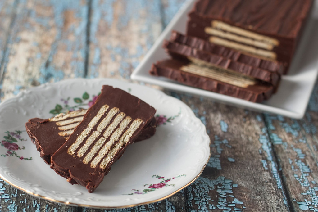 Danish Chocolate Biscuit Cake (Kiksekage)