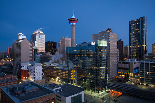 calgary tower sunrise dawn downtown clear alberta bluehour roomwithaview thebow