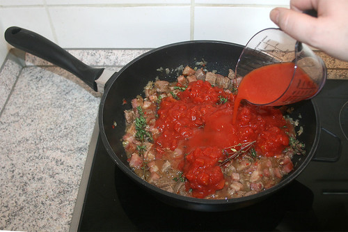 42 - Tomatensaft hinzufügen / Add tomato juice