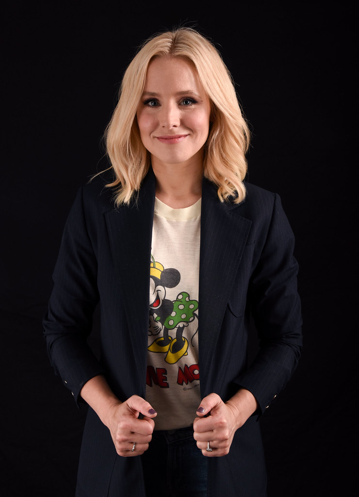 Кристен Белл — Фотосессия для «The Good Place» на «Comic-Con» 2016 – 6