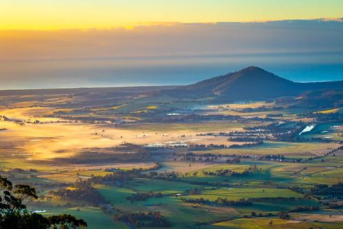 cambewarramountain ocean berry canon dawn fields pasture 7dii shoalhaven mist cambewarralookout sunrise beaumont newsouthwales australia au