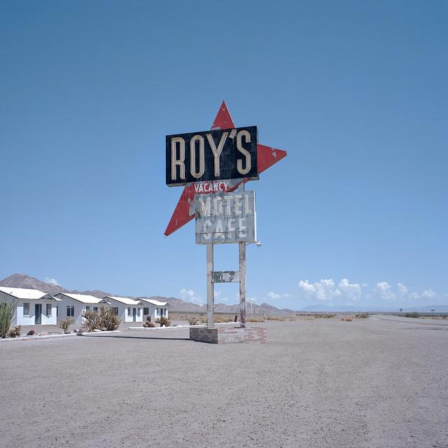 roy's motel cafe. amboy, ca. 2014.