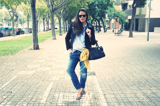 Look zapatos de leopardo