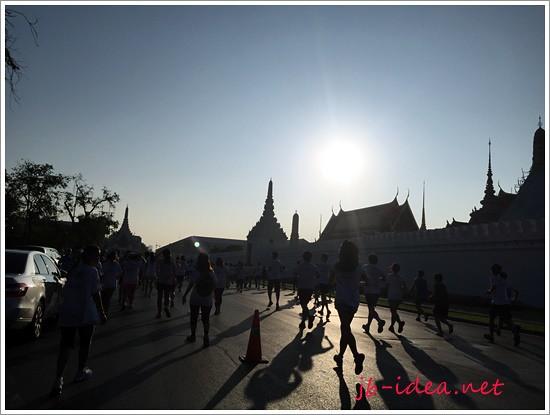 standard-chartered-bangkok-marathon-2014-IMG_4805