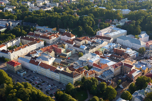 europe estonia aerialview oldtown eesti tartu estland vanalinn photoimage sooc universityoftartu sonyalpha tartumaa sonyα geosetter tartuülikool mytracks geotaggedphoto nex7 sel18200 фотоfoto year2014