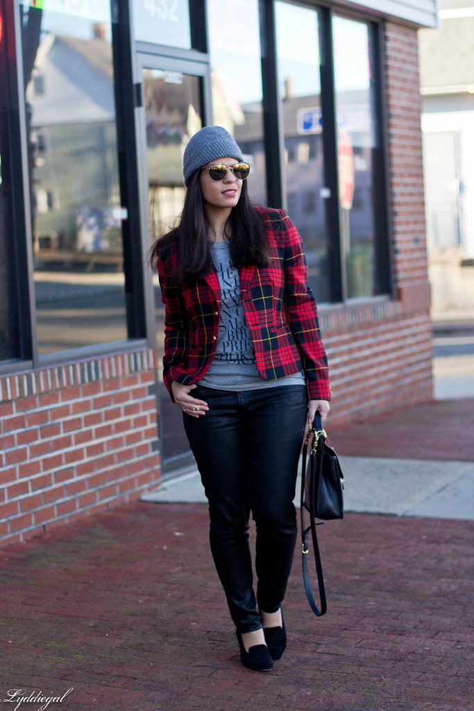 plaid blazer, cheers tee, black jeans.jpg